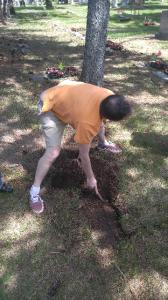 2018 Grandpa Leos grave 4